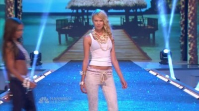 Fashion Star - 02x04 It's Getting Hot In Here