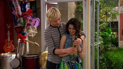 Austin & Ally - 02x13 Couples & Careers