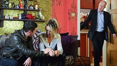 EastEnders (UK) - 29x133 Friday 16th August, 2013