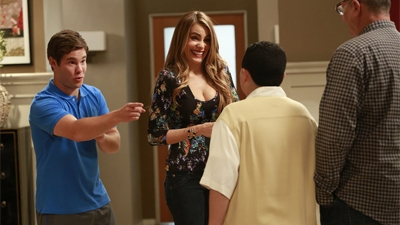 Modern Family - 05x06 The Help