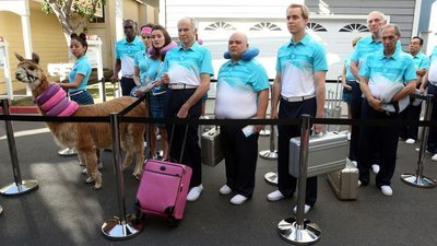 The Neighbors - 02x22 There Goes The Neighbors' Hood Screenshot