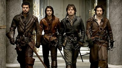 The Musketeers - 01x01 Friends and Enemies