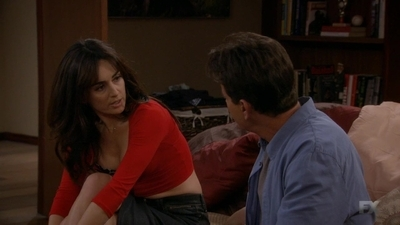 Anger Management - 02x52 Charlie and the Hot Latina