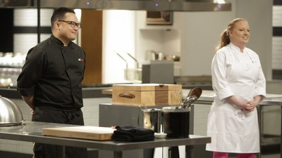 Hell's Kitchen - 13x01 Top 18 Compete