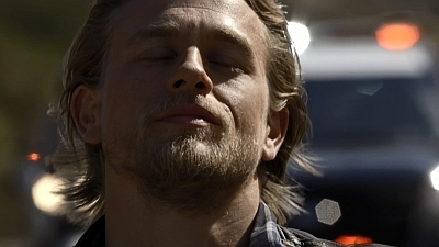 Sons of Anarchy - 07x13 Papa's Goods Screenshot