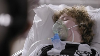 Casualty (UK) - 29x09 Entrenched