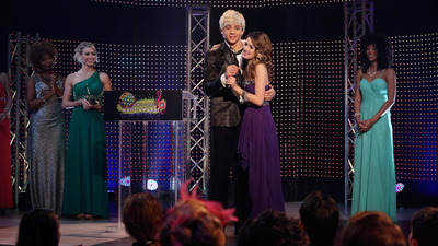 Austin & Ally - 03x22 Relationships & Red Carpets
