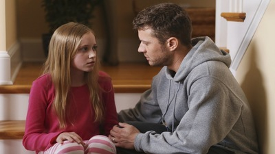 Secrets And Lies - 01x01 The Trail