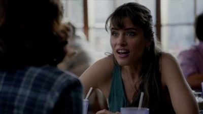 Togetherness - 01x02 Handcuffs