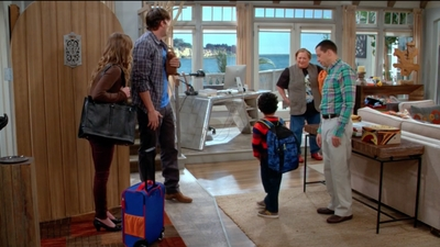 Two and a Half Men - 12x10 Here I Come, Pants!