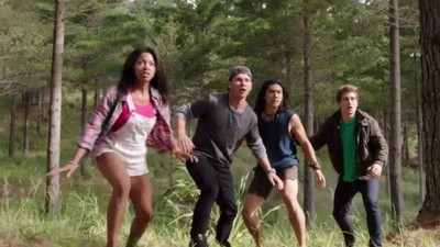 Power Rangers - 22x01 Powers From The Past