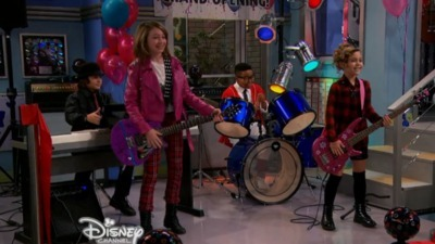 Austin & Ally - 04x03 Grand Openings & Great Expectations