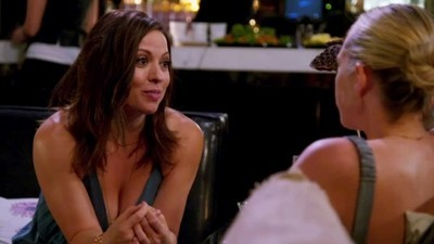 Barely Famous - 01x06 Bananas Foster