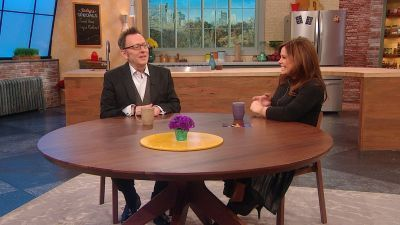 Rachael Ray - 10x02 Move Over Ladies - We're Manscaping