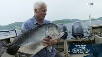 River Monsters - 07x07 South Pacific Terrors Screenshot