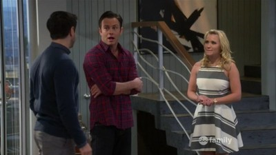 Young & Hungry - 02x11 Young & How Gabi Got Her Job Back