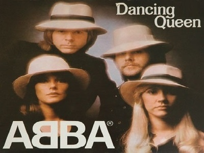 ABBA: Dancing Queen (UK)