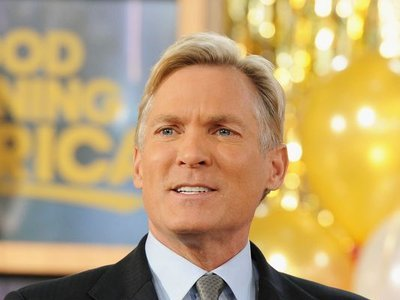 AMHQ with Sam Champion