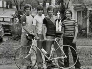 Breaking Away tv show photo