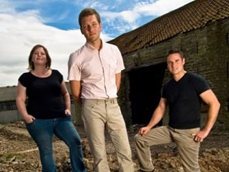 Build A New Life In The Country (UK) tv show photo