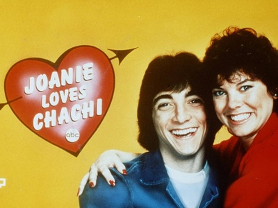 Joanie Loves Chachi tv show photo