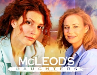 McLeod's Daughters (AU) tv show photo