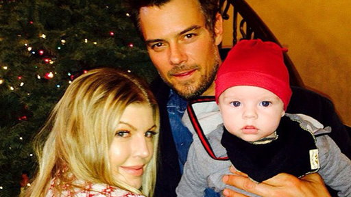 S32E0 Josh Duhamel Jokes Son Axl Looks Too Much Like Wife Fergie: 'I'm Not Sure This Is My Son'