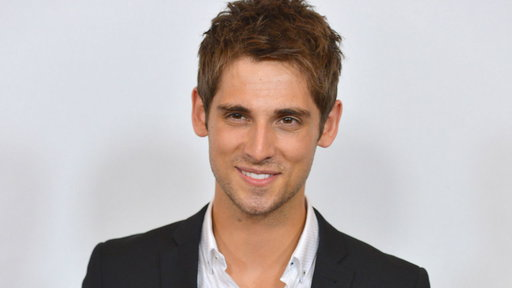 S32E0 'Baby Daddy' Star Jean-Luc Bilodeau Hospitalized After Halloween Costume Catches Fire