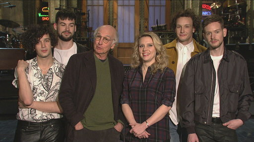 """""""Saturday Night Live S41E12 SNL Host Larry David Gets a Hug from the 1975 and Kate McKinnon"""""""