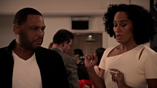 """Black-ish S2E21 Bow's Perfect Auction Is Ruined!"""