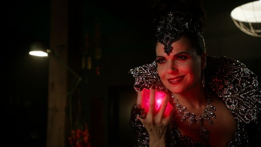 S5E23 The Evil Queen Is Back!
