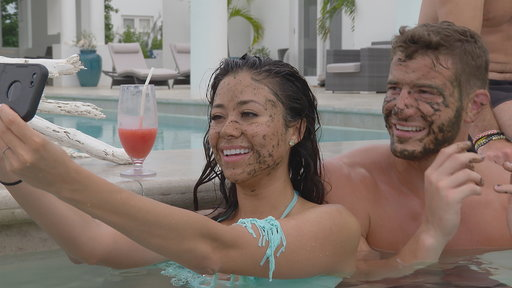 Coupled S01E09 Laws of Attraction