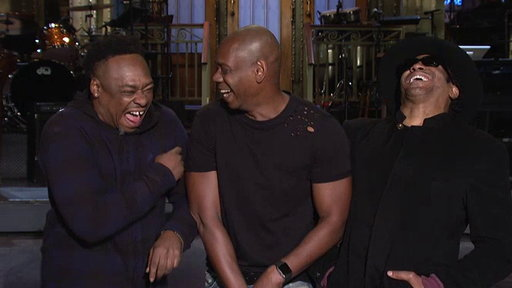 S42E06 SNL Host Dave Chappelle Tells a Tribe Called Quest He's Going to Show Up