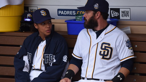 Pitch S01E09 Scratched