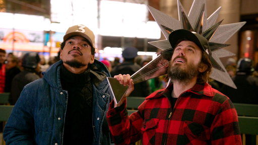 S42E10 SNL Host Casey Affleck & Chance the Rapper Decorate the Christmas Tree