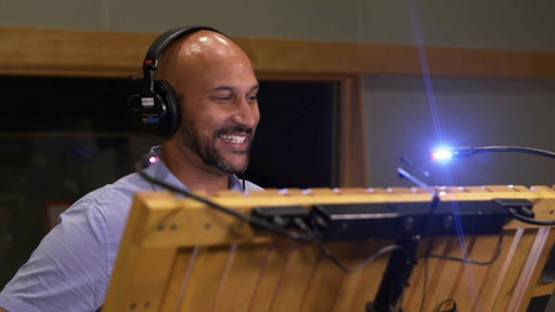 S28E11 Keegan-Michael Key Is Jazzy James