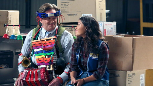 Superstore S02E11 Lost and Found