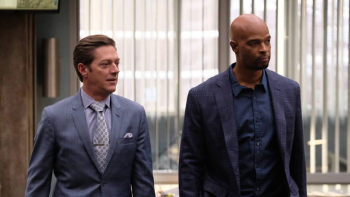 Lethal Weapon S01E14 The Murtaugh File