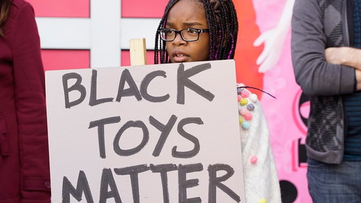 S3E17 Bow's 'Black Toys Matter' Protest Goes Awry