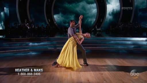 S24E1 Heather Morris's Graceful Viennese Waltz