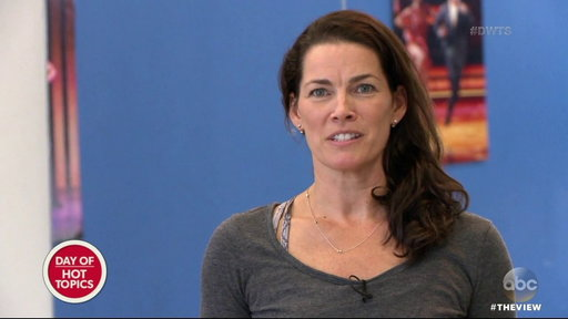 """S20E134 The View Co-hosts React to Nancy Kerrigan's """"DWTS"""" Breakdown Over a Compliment"""