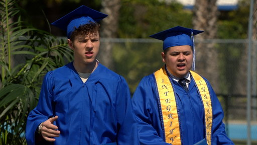 S08E22 Luke and Manny Graduate from High School