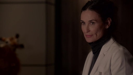 S3E18 Close Up: Demi Moore As Nurse Claudia