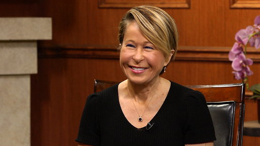 Larry King Now S05E134 Yeardley Smith On Lisa Simpson, a New 'Simpsons' Movie, & 'Miles'