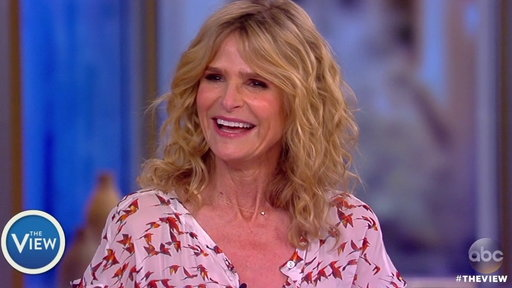 S20E206 Kyra Sedgwick On the View: Directing 'Story of a Girl'