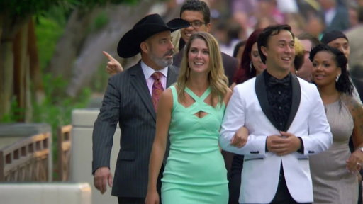 S8E11 The Top 12 Arrive At Caesars Palace