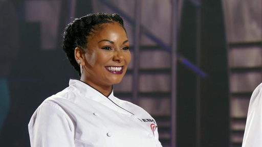 S8E20 Eboni Makes Her Way Into The Finale Kitchen
