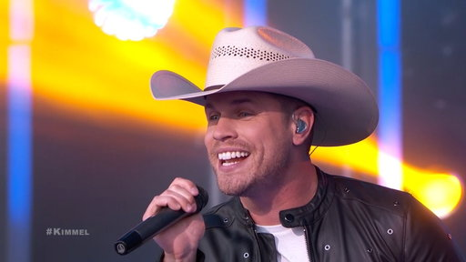 """S15E115 Dustin Lynch Performs """"I'd Be Jealous Too"""""""