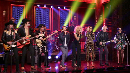 S4E206 Little Big Town, Kacey Musgraves and Midland Rock a Medley