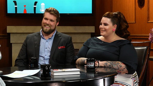 Larry King Now S06E28 Plus-Size Models Tess Holliday & Zach Miko Open Up